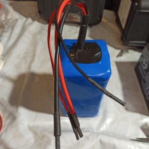 24v 20ah korvaus akku sähköpyörään / sähköpotkulautaan